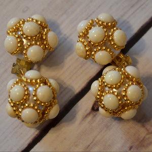 vintage chunky white cab drop dangle earrings 80's